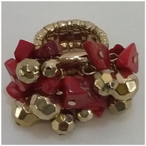 Multi Colored Stone & Bead Ring. Goldtone band